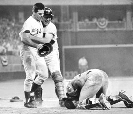 Pete Rose: still cagey and defiant about the Ray Fosse collision ...