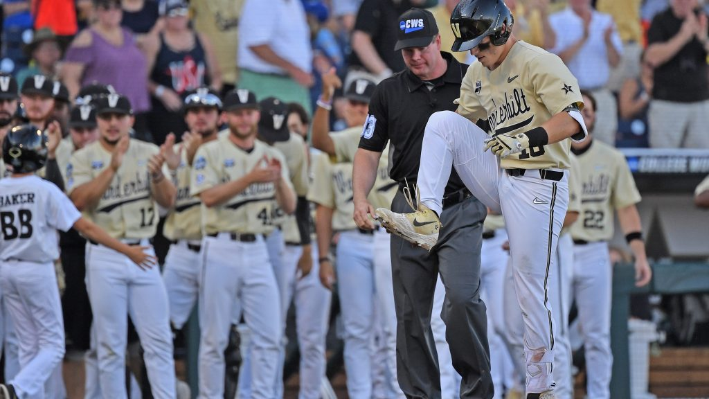 Vanderbilt defeats Michigan 8-2 to win College World Series - HardballTalk | NBC Sports