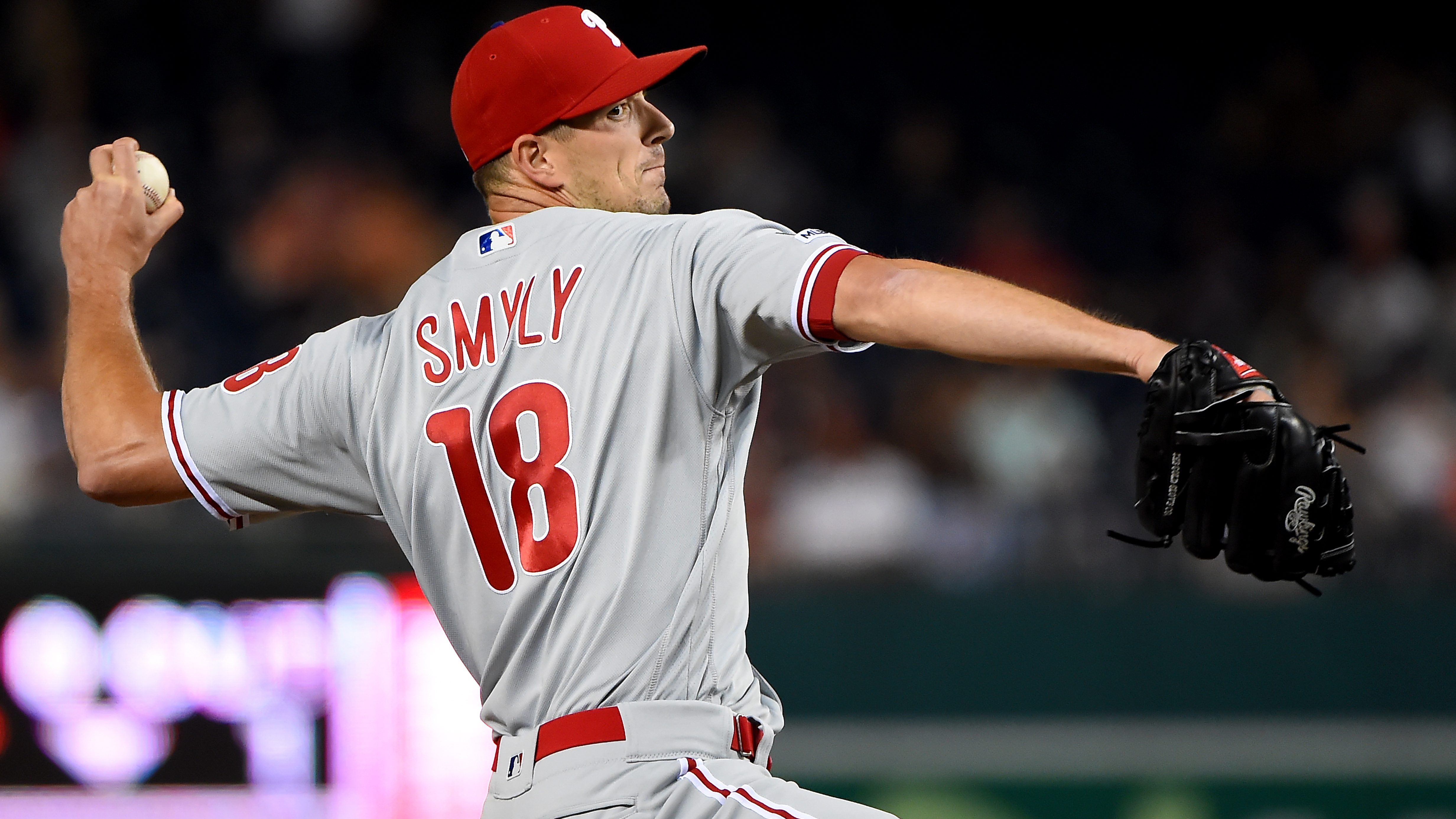 Giants sign Drew Smyly to one-year deal