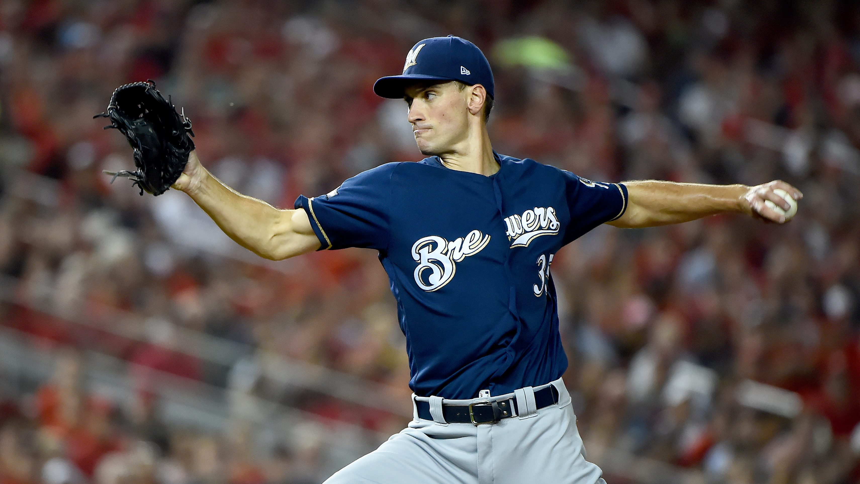 Brewers, Brent Suter avoid arbitration with two-year deal