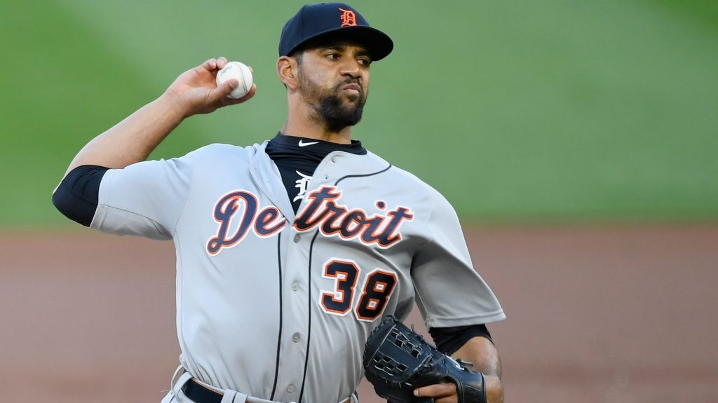 Tyson Ross opts out