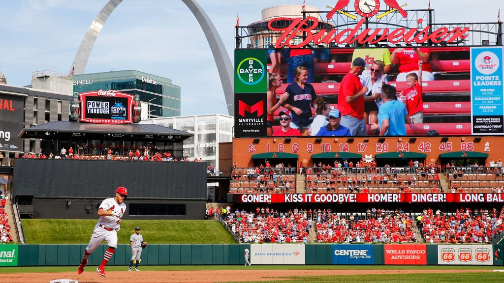 Cardinals-Brewers game postponed