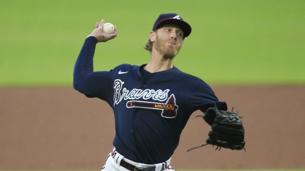 Mike Foltynewicz clears waivers