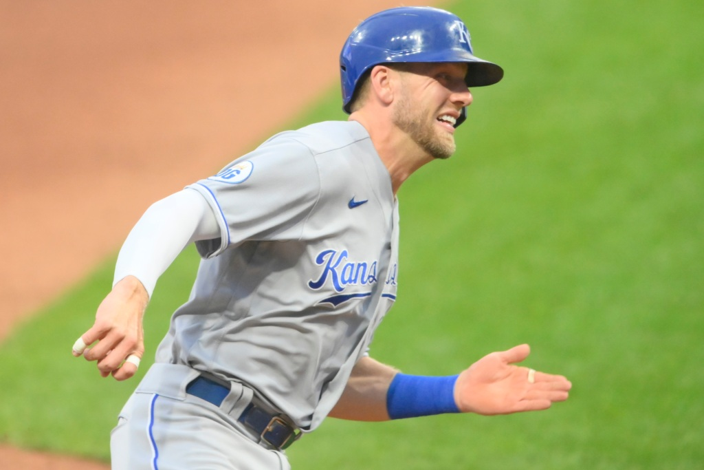 Report: Royals, Hunter Dozier agree to 4-year, $25M deal