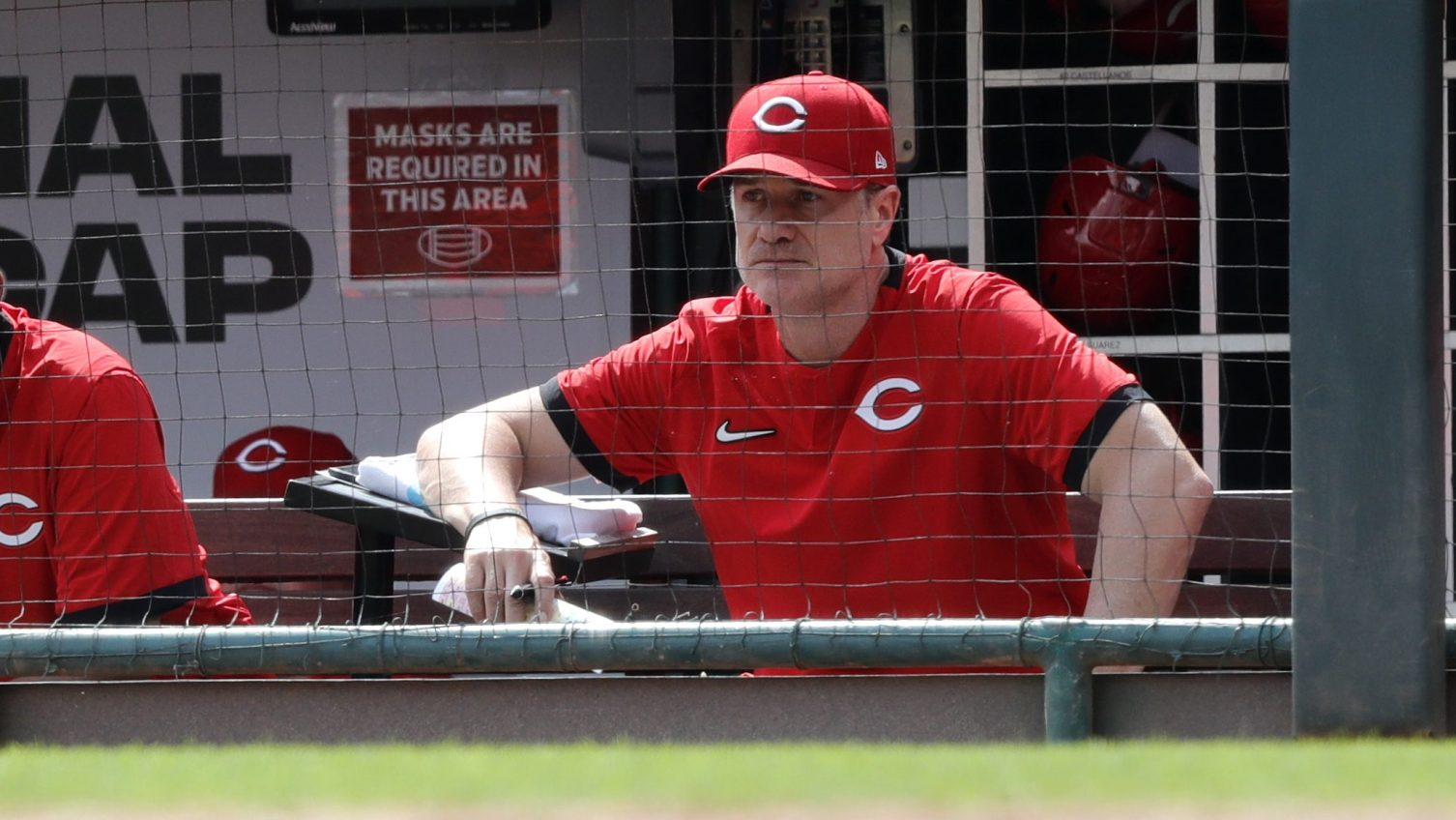 Reds manager Bell agrees to two-year extension